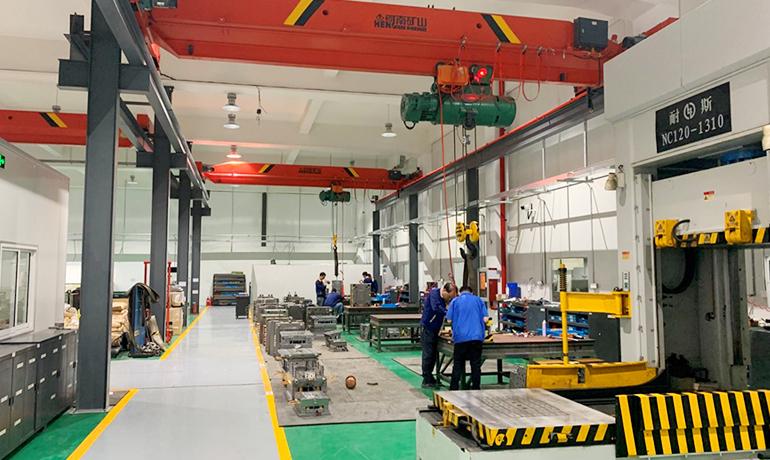 中国のサプライヤー企業の工場j内写真その1