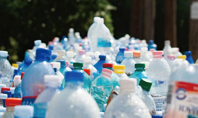 環境汚染の一因としてのプラスチックごみ問題