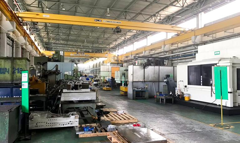 KMI工場内写真