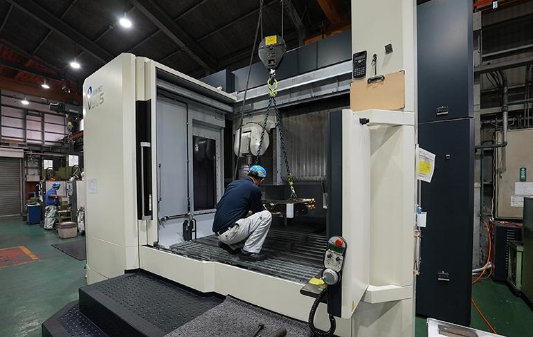 中村精工工場内-V90の段取り写真