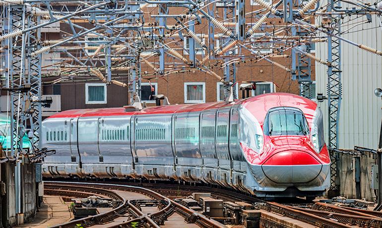 E6系新幹線の写真