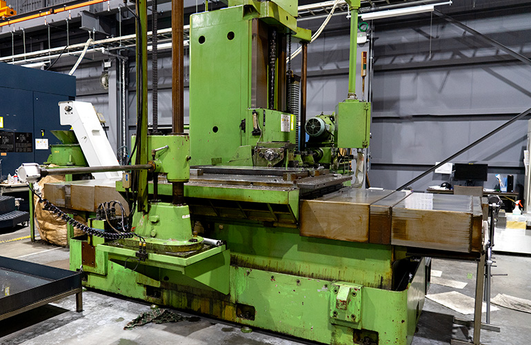 関工場のガンドリル-ミロクの写真