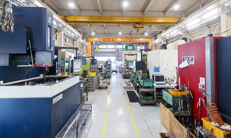 浜松工場の金型製作現場の写真