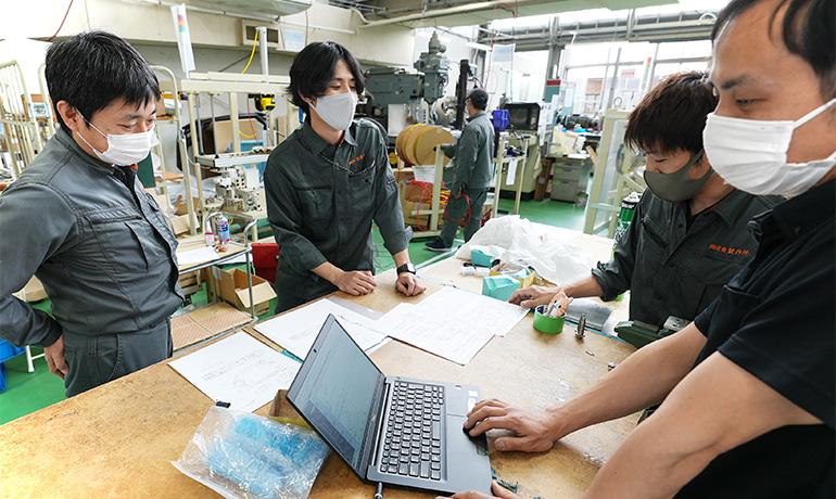 小鳥居さん-木曽川工場内での写真08