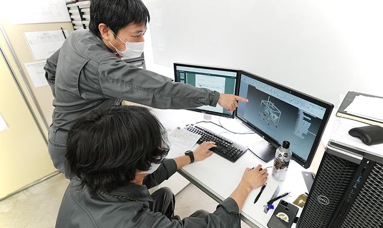 小鳥居さん-木曽川工場内での写真09