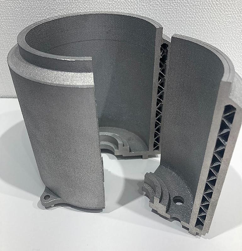 ラティス構造を組み込んだエンジン部分のパーツ写真
